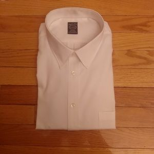 NEW with tags Joseph & Feiss White Dress Shirt